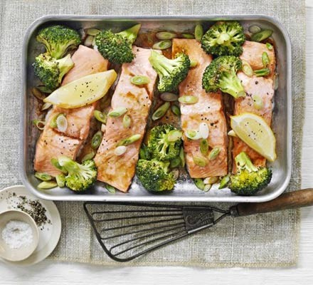 Salmon fillets & broccoli in a traybake