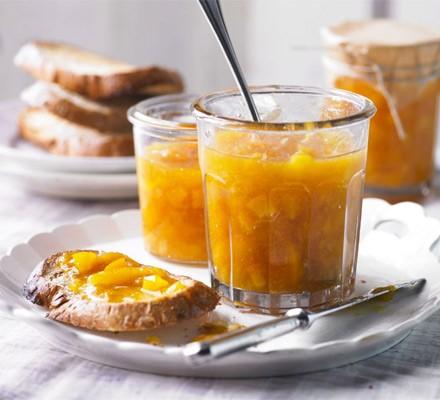 Apricot & orange blossom jam