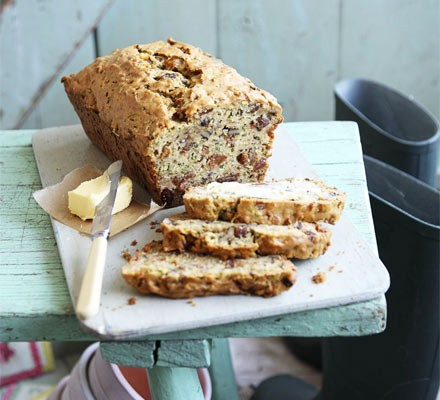 Courgette loaf cake