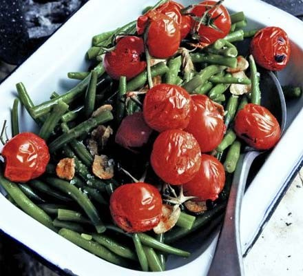 Green beans with griddled tomatoes