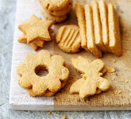 Cheese wheatmeal biscuits
