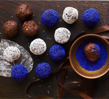 Choc hazelnut truffles