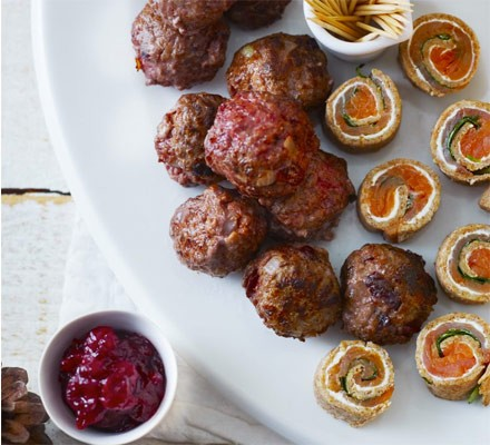 Swedish cranberry meatballs