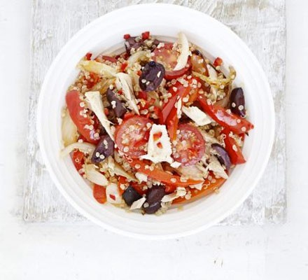 Spicy tuna quinoa salad