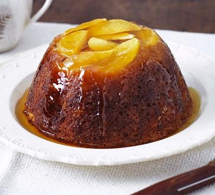 Treacle apple pudding