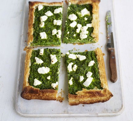 Spinach & goat's cheese puff