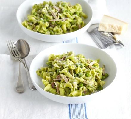 Tuna & lemon pasta