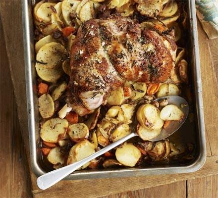 Garlic roast lamb with hotpot potatoes