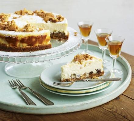 Amaretti & sultana cheesecake