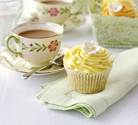 Lemon & poppyseed cupcakes