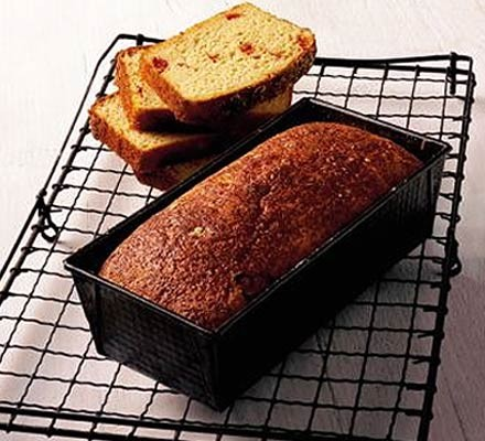 Gluten-free sundried tomato bread