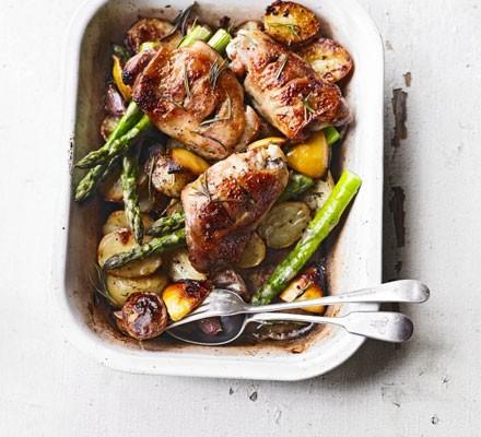 Rosemary roast chicken thighs, new potatoes, asparagus & garlic