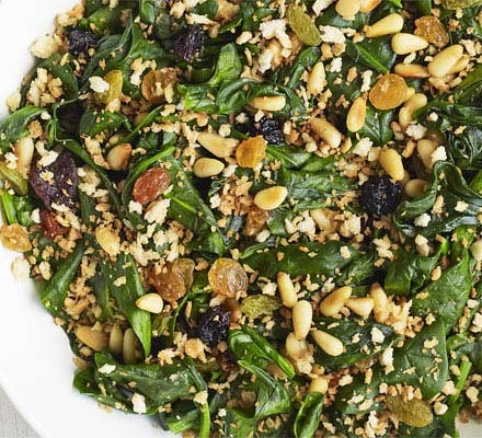 Spinach with raisins, pine nuts & breadcrumbs