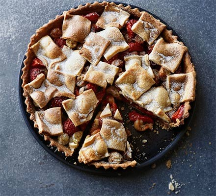 Patchwork strawberry & gooseberry pie