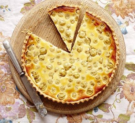Gooseberry & vanilla custard tart