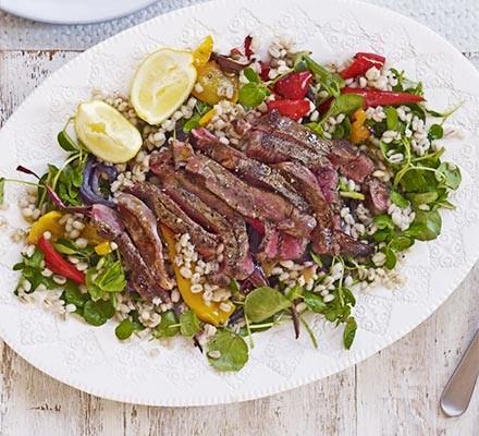 Steak, roasted pepper & pearl barley salad