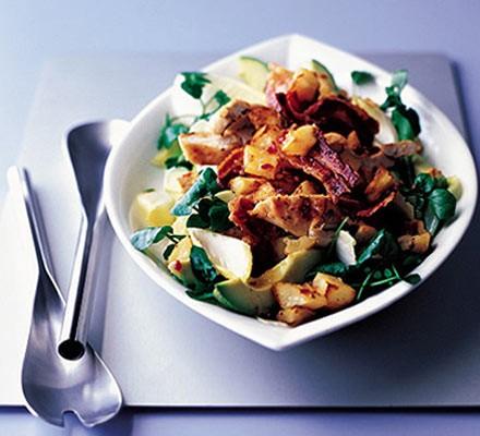 Chilli chicken & bacon salad