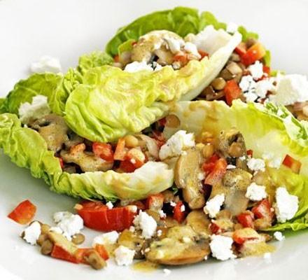 Warm mushroom, lentil & goat's cheese salad