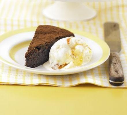 Mascarpone & marmalade ice cream
