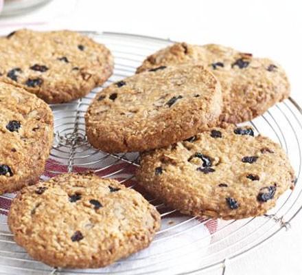 Blueberry & pecan oaties
