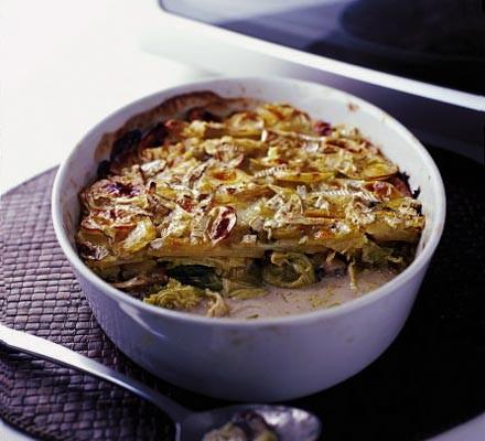 Lazy cheesy vegetable hotpot