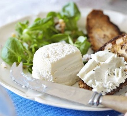 Goat's cheese & bistro salad