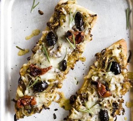 Ciabatta pizzas with sticky onions