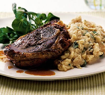 Peppered lamb & minty butter bean mash