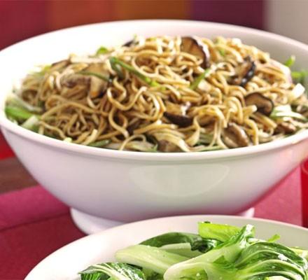 Gingery shiitake noodles