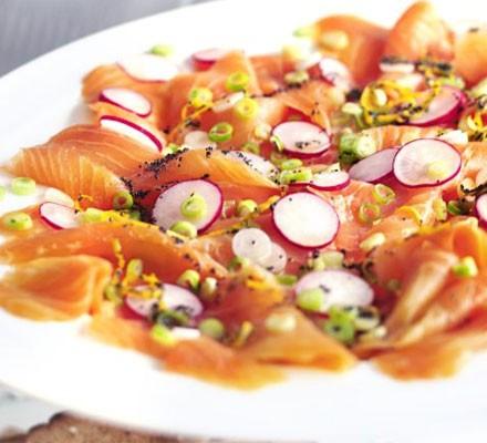 Marinated smoked salmon with poppy seeds