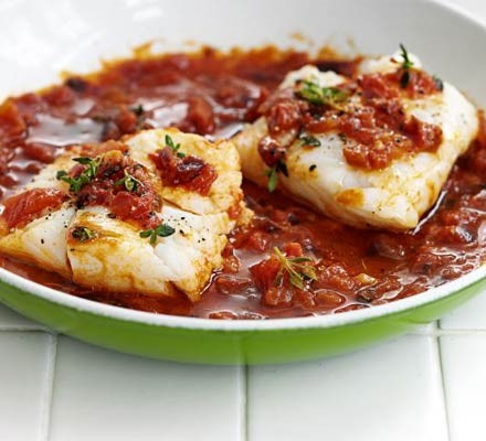 Two fillets of tomato & thyme cod in a bowl