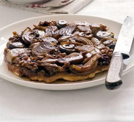 Onion, walnut & mushroom tarte tatin