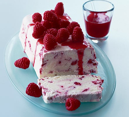 Limoncello & raspberry semifreddo