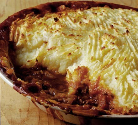 Tasty cottage pie with parsnip mash