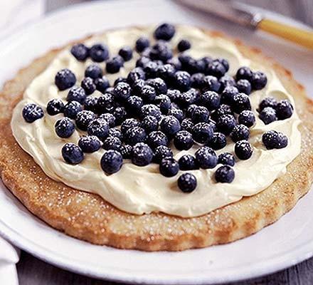 Cinnamon blueberry tart
