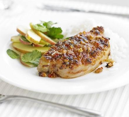 Satay pork with crunchy apple salad
