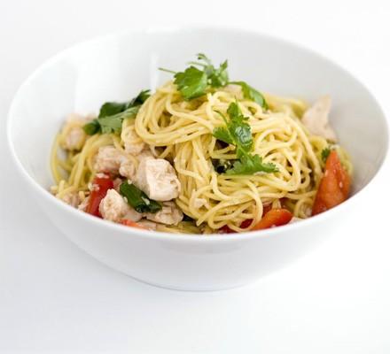 Sweet & sticky chicken noodles