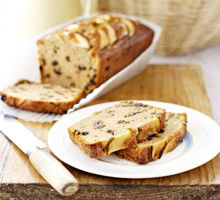Apple & spice tealoaf