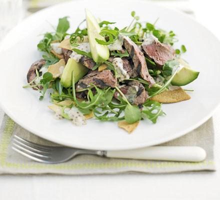 Peppered steak tortilla salad