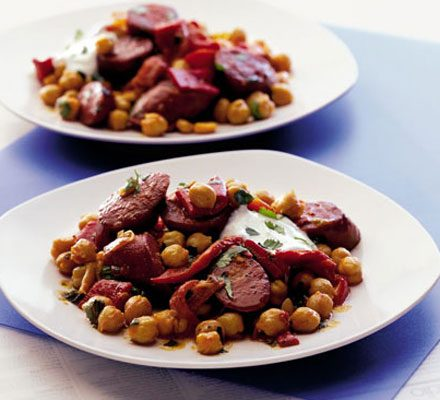 Warm chickpea, chorizo & pepper salad_image