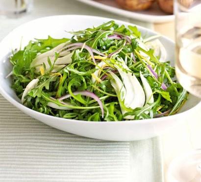 Tangy fennel & rocket salad