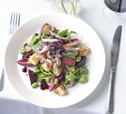 Warm duck salad with Merlot dressing