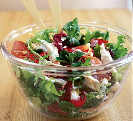 Continental chicken & pepper salad