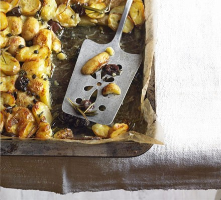 Crispy new potato bake