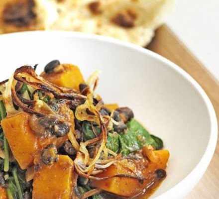 Pumpkin, spinach & black bean dopiaza