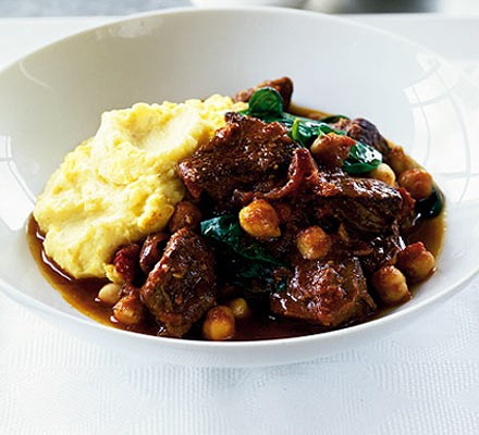 Lamb, chickpea & spinach curry with masala mash