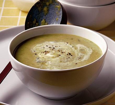 Broad bean, yogurt & mint soup