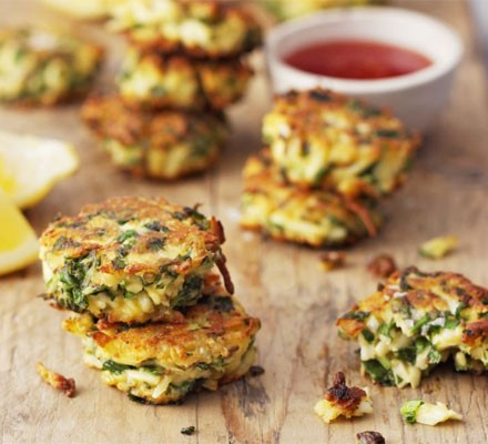 Herb & spice paneer fritters