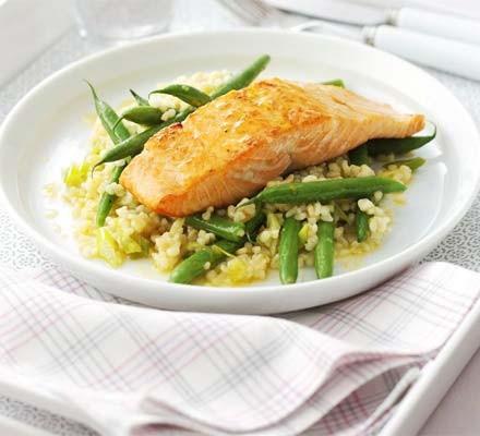 Glazed salmon with green bean & bulgur salad