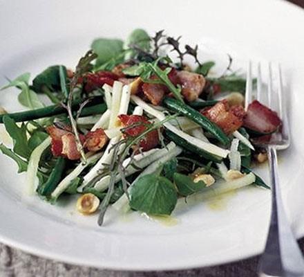 Apple & bacon salad